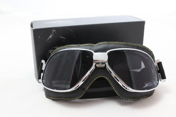 Lotus Fahrer Brille